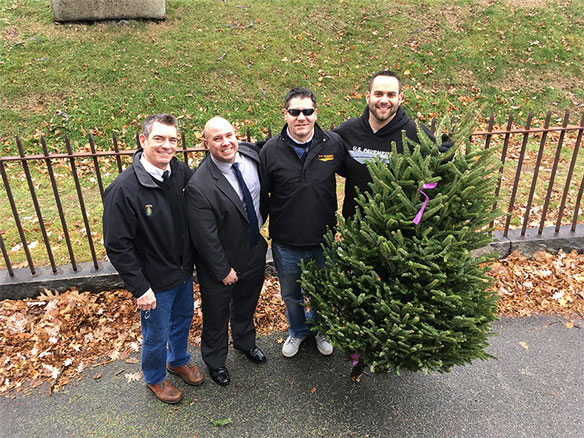 Salem-MA-Christmas-Trees-USPavement.jpg